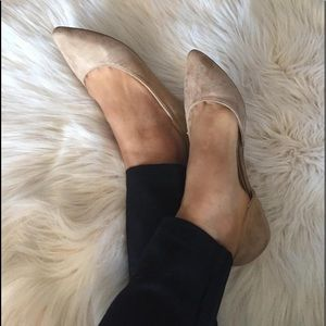 Shoes - Taupe Faux suede pointed low side flats